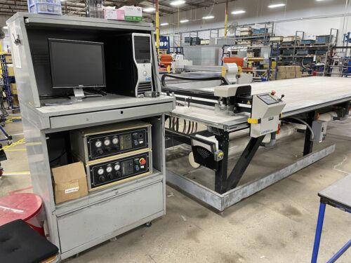 Gerber DCS2500 CNC Material Fabric, Fiberglass Ply Cutting Machine. Under Power