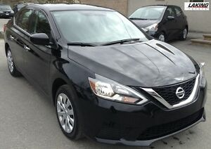 2016 Nissan Sentra S FWD 130-hp, 1.8 liter CVT FUEL EFFICIENT Cl