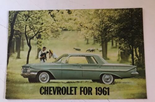 VINTAGE ORIGINAL 1961 CHEVROLET DEALER BROCHURE