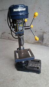 Drill Press/Perceuse a Colonne