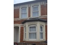 **EXCELLENT INVESTMENT OPPORTUNITY** 5 Bedroom House For Sale in Reading RG1