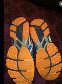 Sell sport shoes Asics GT 3000