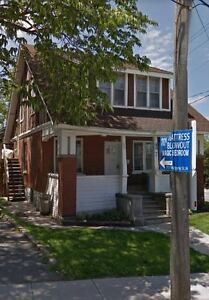 7 Lancaster St W- One Bedroom on Main Floor Close DownTown!
