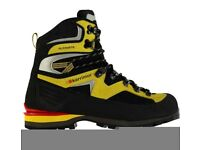 Karrimor Alpiniste Boots. Size 8.5. Never used, brand new.