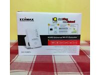 EDIMAX N300 UNIVERSAL WI-FI EXTERNDER ( new )