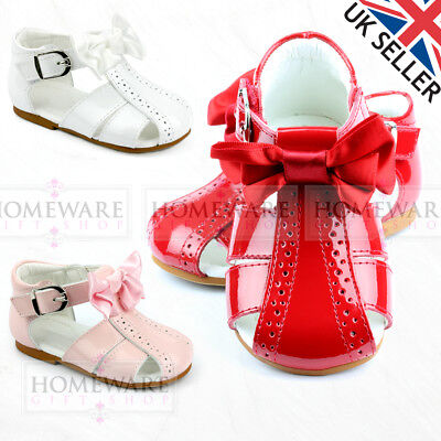 GIRLS BABY SPANISH BOW SANDALS SHINY PATENT SPIDER SANDAL PINK RED WHITE NEW UK Baby Pink Patent Schuhe