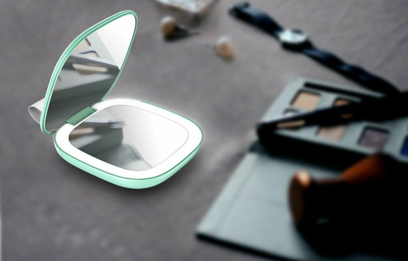 LED Lighted Travel Makeup Mirror, Handheld Illuminated Compa