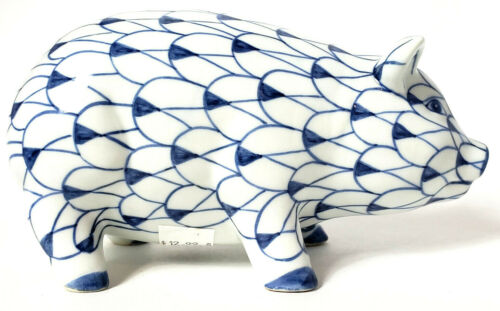 """Pig Blue & White Made In Thailand large 7"""" x 4"""" x 3 1/2"""""""
