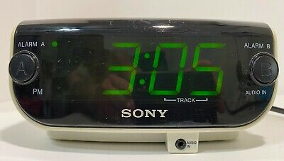 Sony Dream Machine FM/AM CD Clock Radio ICF-CD815 CD-R/RW Playback Dual Alarm