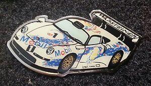 PORSCHE-PIN-911-GT1-WARSTEINER-37x17mm