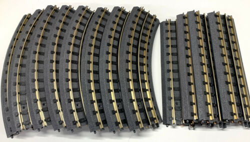 """MTH Realtrax O Gauge Track Oval 31"""" x 51"""" from Starter Set. Used-Excellent!"""