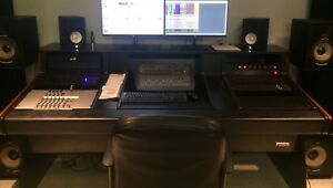 Omnirax Synergy 600 Studio Desk