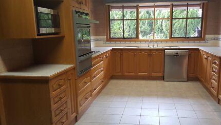 Large Kitchen Solid American Oak