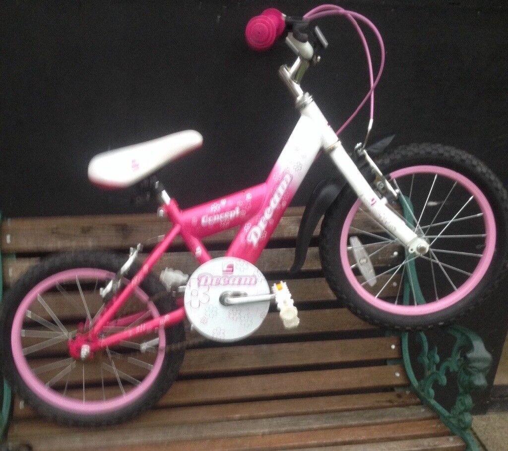 Little girls bike Age 3-5 £15