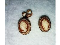 Small oval 9crt gold cameo earings