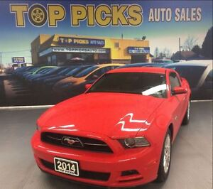 2014 Ford Mustang PREMIUM, V6, LEATHER, ONLY 4,000 KMS!!
