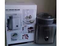 Ice cream maker - nearly new in good conditions only few months old