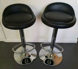 2 Black Leather & Chrome Bar Stools FREE DELIVERY 466