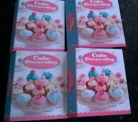 Cake decorating Books With Cake Tools