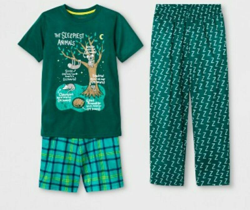 Boys 3 Piece Green Pajama Set Size S(6/7)