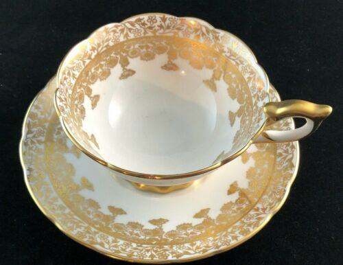 TEACUP ROYAL STAFFORD BONE CHINA MADE IN ENGLAND - EST 1845 Gold Lace