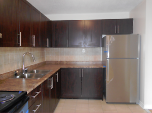 Modern Large 3 Bedroom, Warden & Finch, welcome home!
