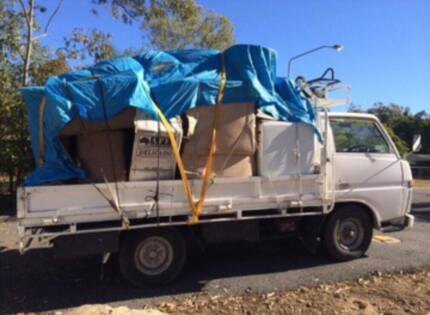 Cheap rubbish removal ( available 7 days a week )