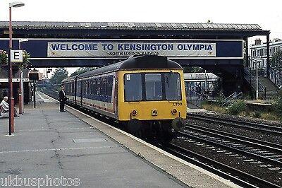 British Rail DMU 1700 Kensington Olympia Rail -
