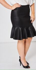 Black quilted look skirt