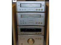 TECHNICS HD310 STEREO SYSTEM-SOUNDS SUPERB