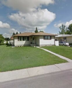 1260 sqft bungalow north side for sale