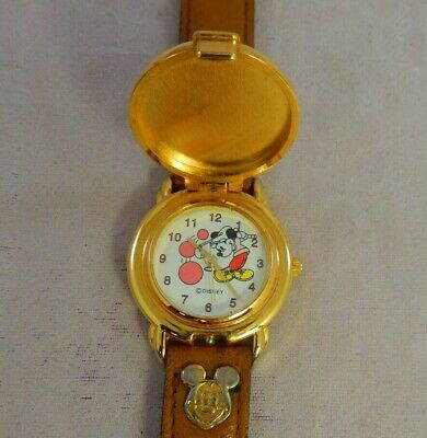 Vintage Watch Quartz Mickey Mouse Playing Golf Shaped Pocket Watch w 3D Lid Runs