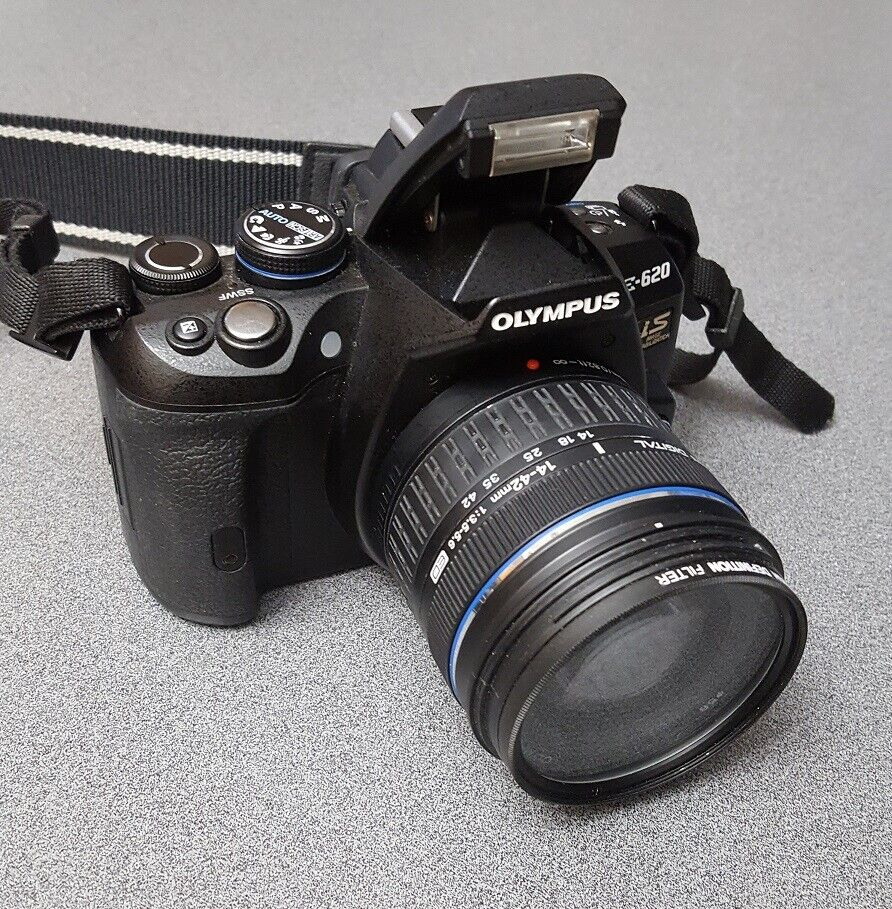 Olympus E-620 12.3MP Digital SLR Camera Kit With 14-42mm Lens And Accessories - $179.00