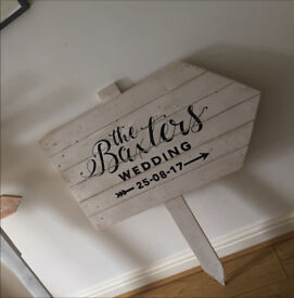 Directional sign used for wedding.