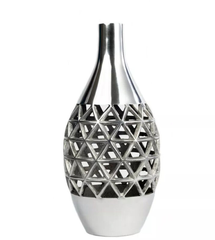 Entre Luxury Metal vase For Home Decorations