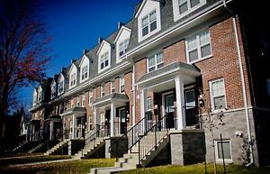 4 Bed 2 Bath Townhouses near Campus