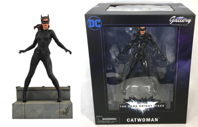 Diamond Select DC Gallery The Dark Knight Rises CATWOMAN Figure PVC Diorama