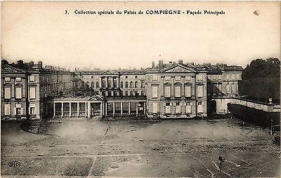 CPA  Collection spéciale du Palais de Compiégne - Facade Principale  (291852)