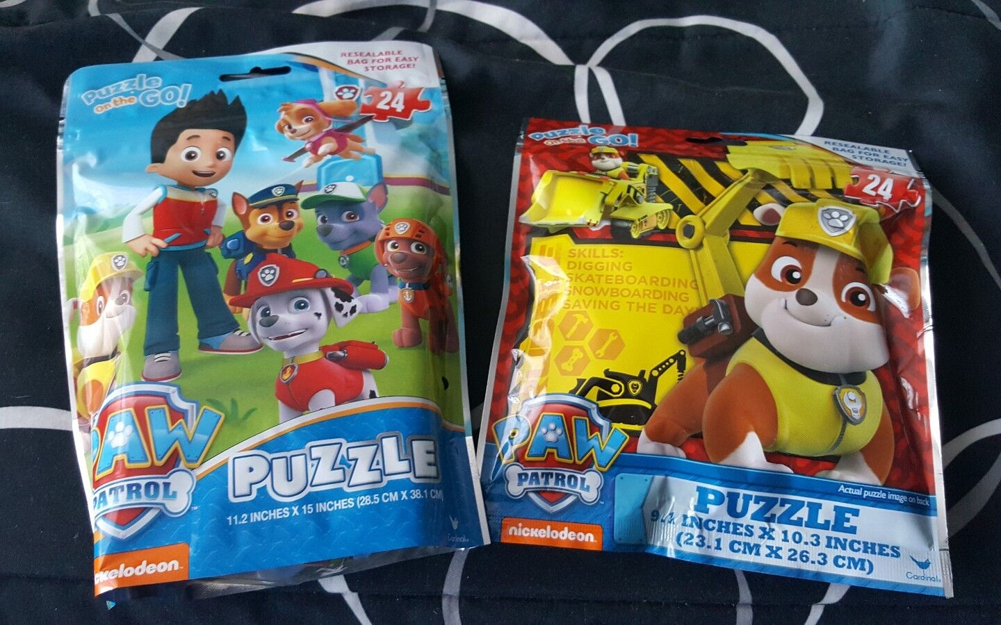 LOT OF 2 PAW PATROL 24 PIECE PUZZLES ON THE GO~COME IN RESEA