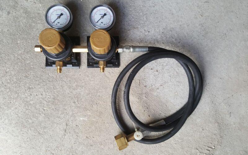 Tap-rite dual CO2 regulator