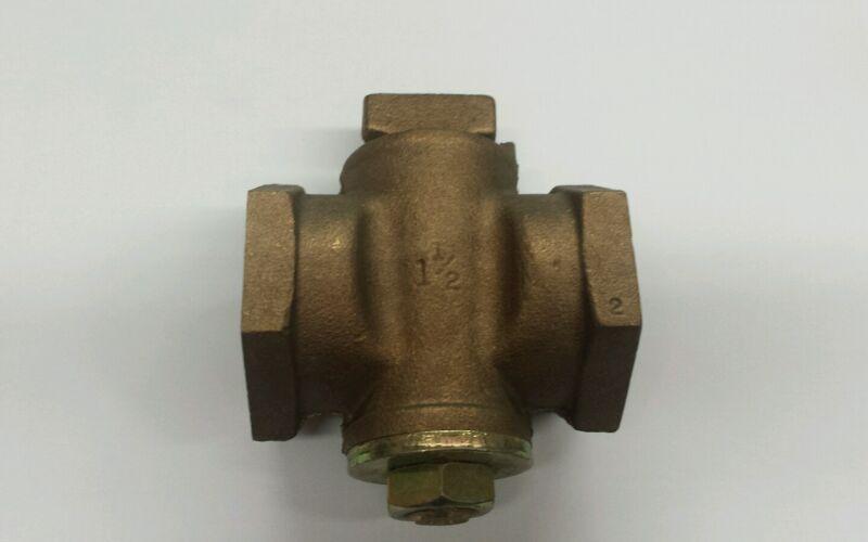 "Gas Plug Valve - Flat Tee Head With Check 1 1/2"" 10596 Series"