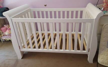 white BOORI Country Sleigh Baby Cot Bed +Mattress EUC