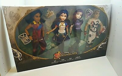 Disney Descendants Villains 4-Pack Mal Evie Jay & Carlos dolls