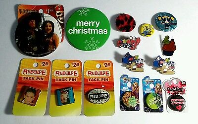 AS-IS LOT 15PCS MUSIC MOVIE CHRISTMAS HANNAH MONTANA BUTTON PINBACK PIN AS-IS