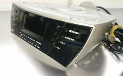 Timex Multi Directional Sound Chamber Alarm Clock Radio MP3 T435 A
