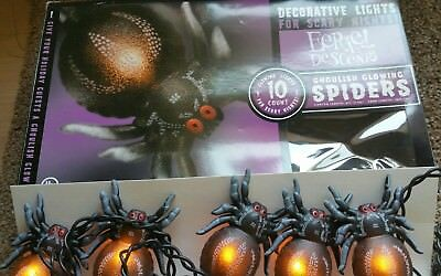 Halloween Plastic Spiders (Halloween plastic lighted spiders ten on a 10 foot cord new in)