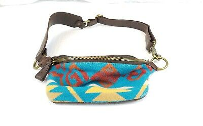Wool Handbag Purse - RARE Leather PENDLETON Wool Fanny Pack Purse/Handbag Zip Top Southwest Pattern