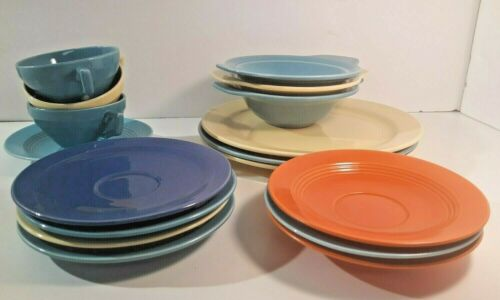 17 Pc. EARLY California Pottery Lot Vernon Kilns Dinner Plates Cups Saucers Soup