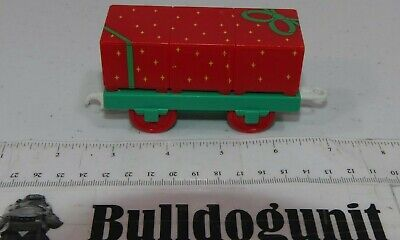 Thomas Train Holiday Set Motorized Track Present Gift Car Parts Only Tomy