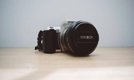 Minolta Dynax 505si, AF Zoom 28-80mm lens, 35mm Film SLR Camera